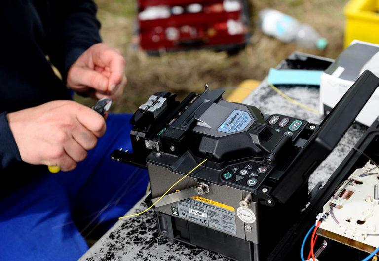fiber_optic_cable_splicing_fiber_optic_installation